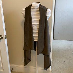 Demdaco vest